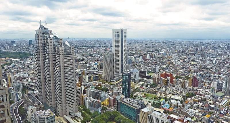 奧山千香子:日本全幢物業回報率有幾高?